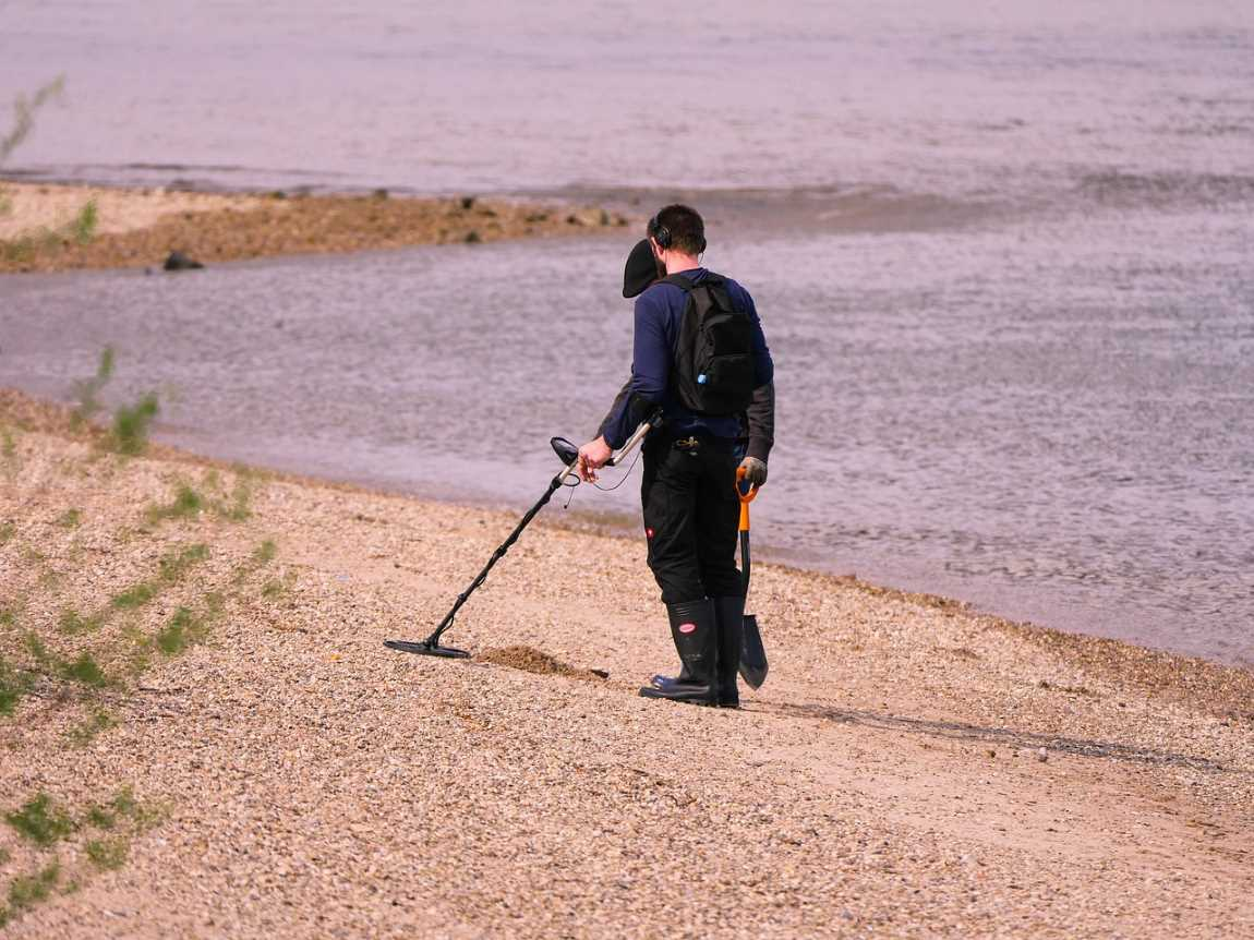 Metal Detecting As A Hobby – Things To Expect
